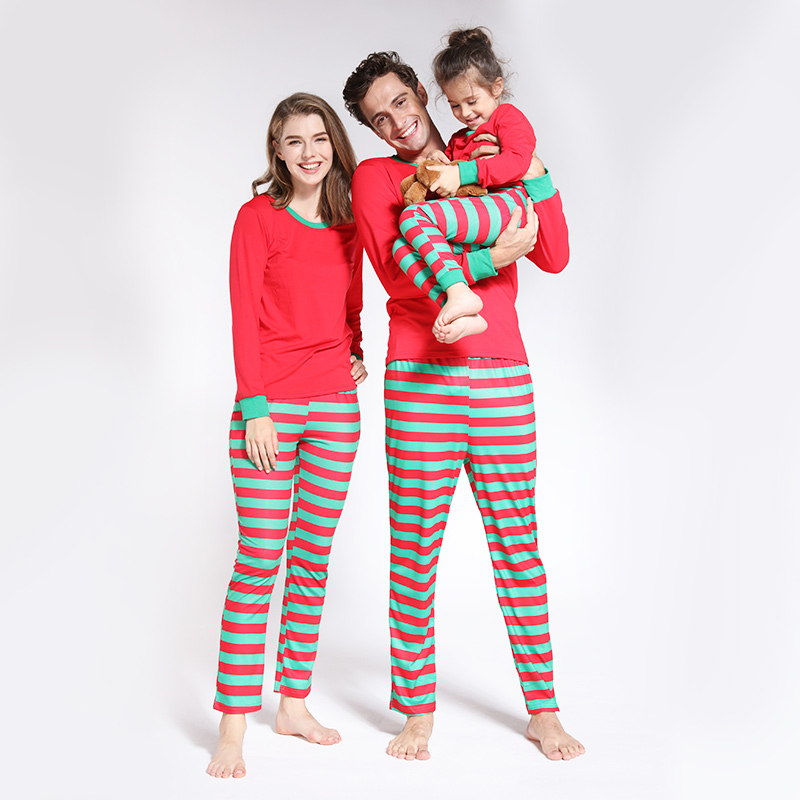 Купить со скидкой Red and Green Contrast Christmas Pajamas Set Family Matching