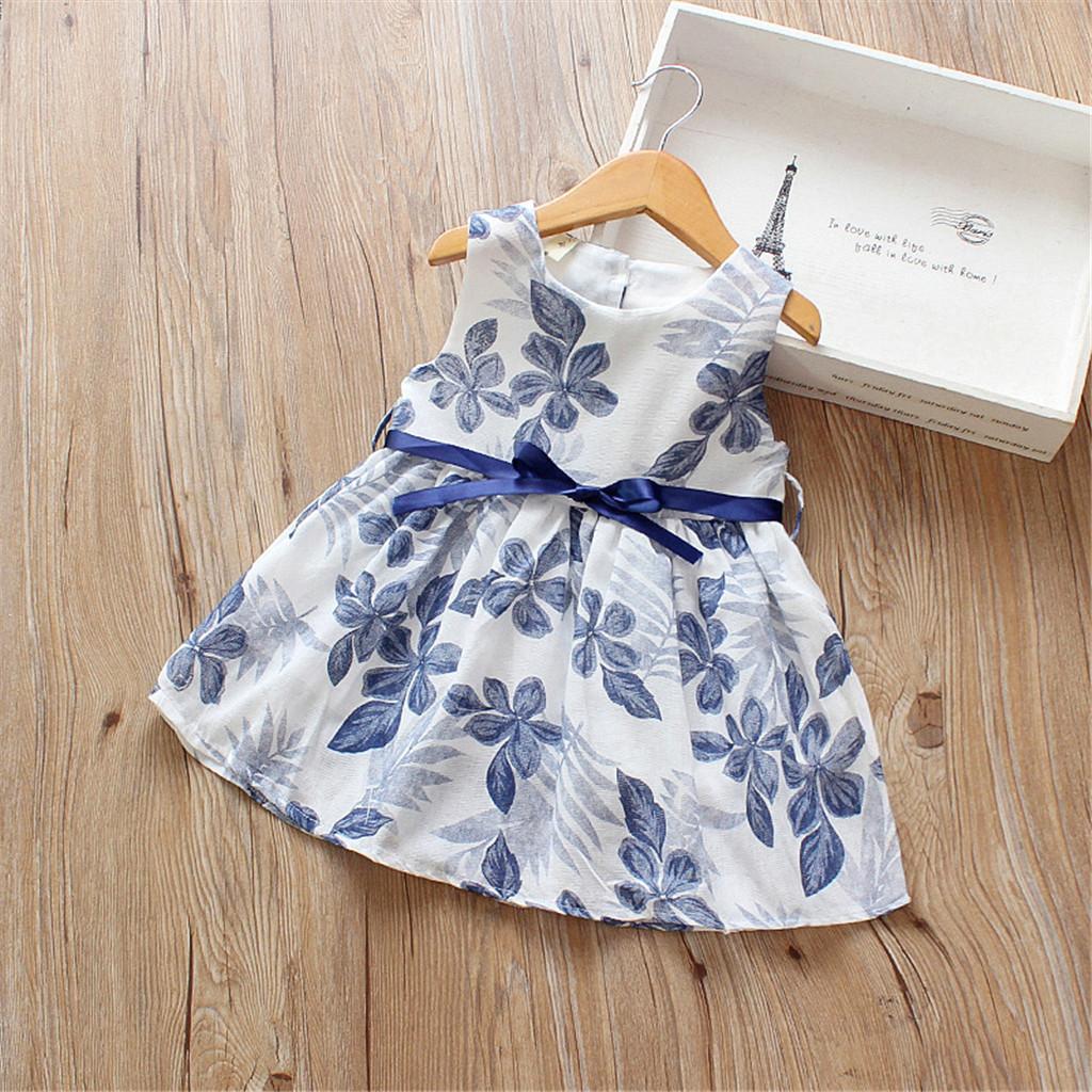 Ziemlich Floral Print Plissee Bow Decor Gürtel Ärmelloses Kleid