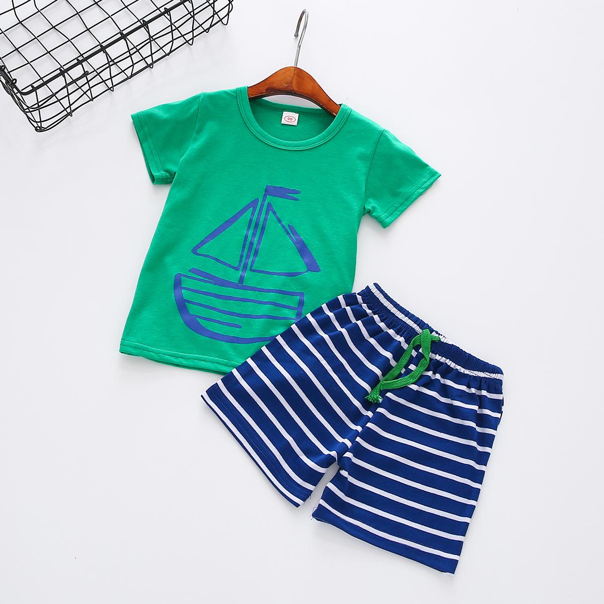 Bebê / Criança Menino Elegante Barco de Impressão Tee e Shorts Listrado Conjunto