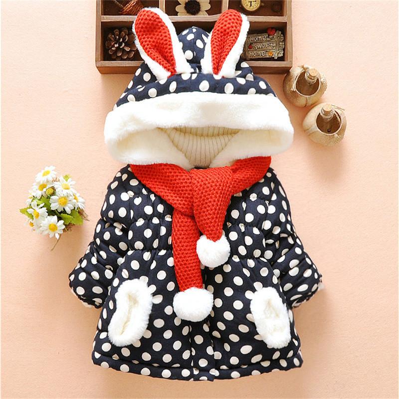 Baby - / Kleinkind-Schöne 3D-Kaninchen-Dekor Polka Dots Hooded Mantel mit Schal