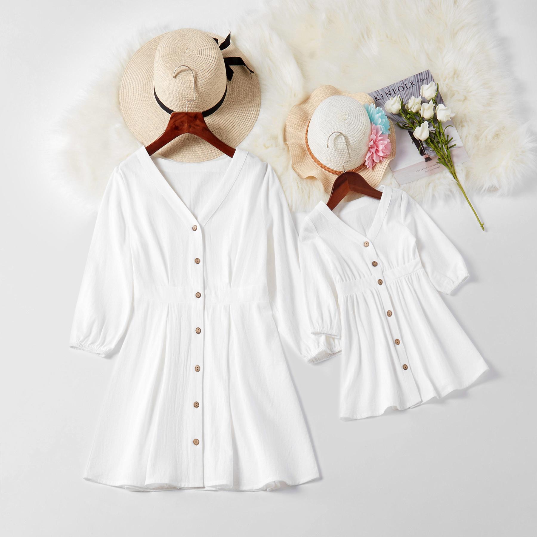 广州市佳鑫制衣有限公司 / V-sólido gargalo único de peito vestidos correspondentes equipada