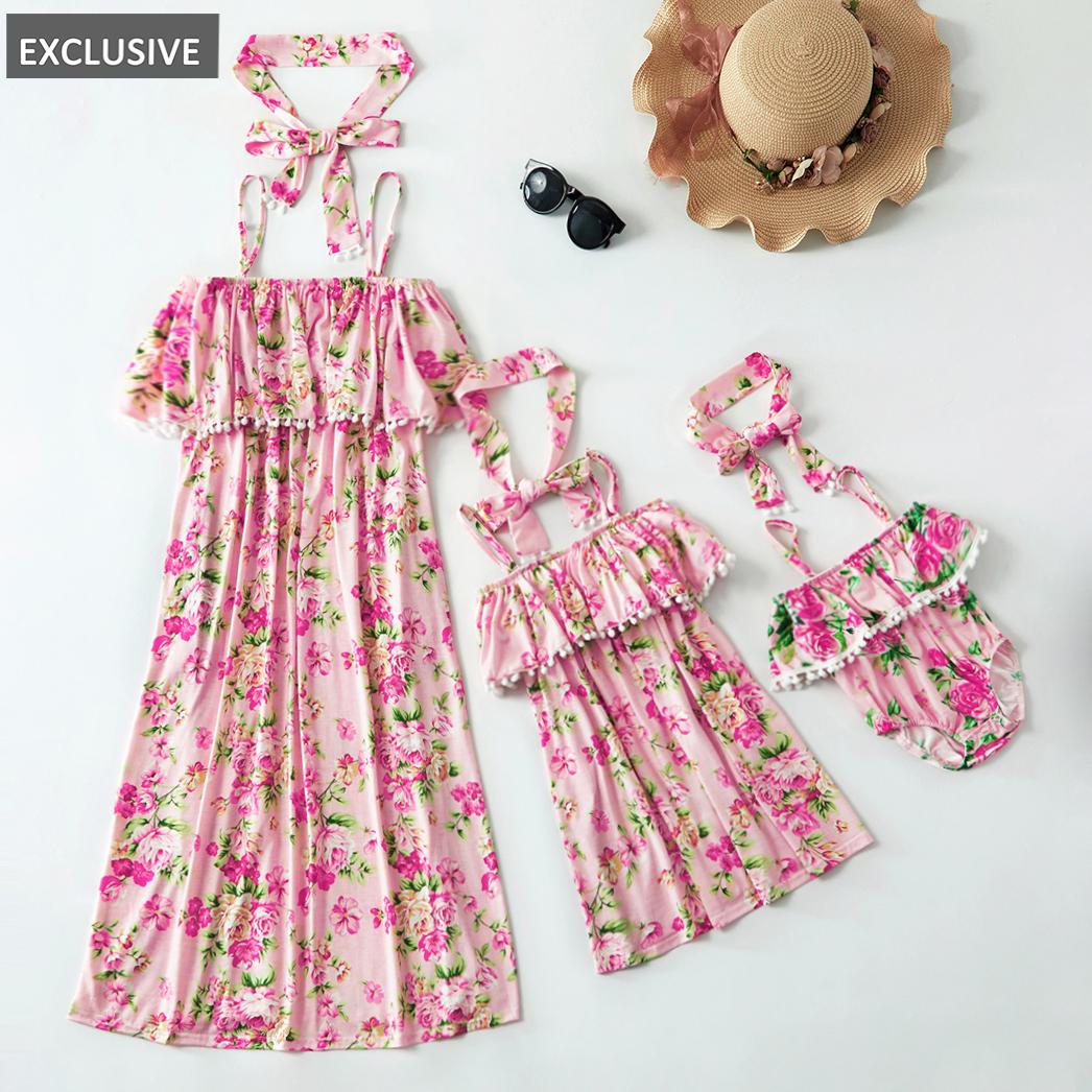 深圳市宝安区福永艾艾服饰制衣厂 / Mosaico de verão nova mamãe e me borla floral off ombro vestidos irmãs macacão para a mãe-menina-bebê