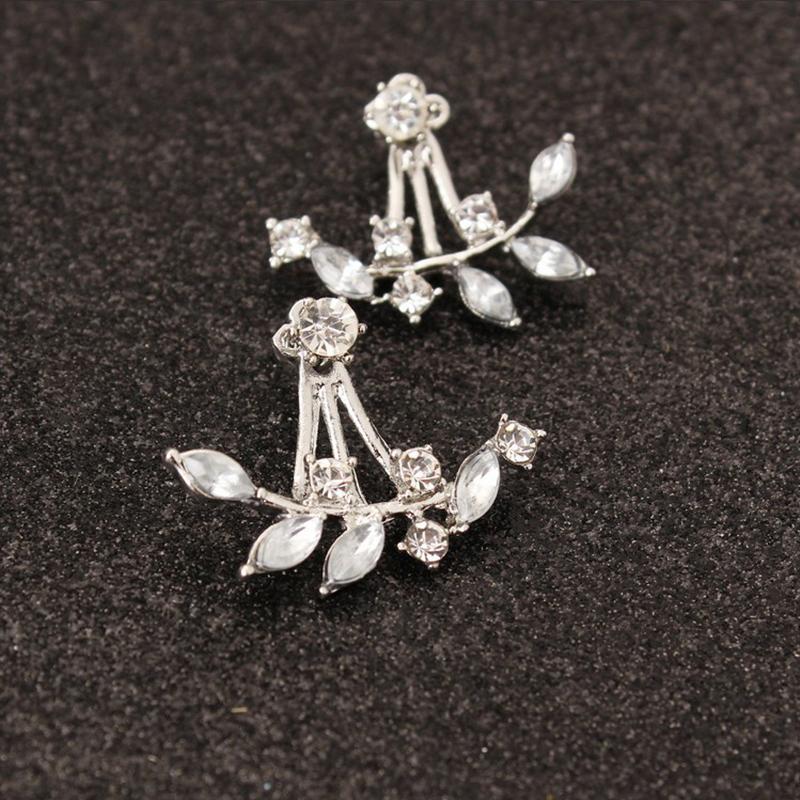 Image of bellissimi orecchini di design ramo strass per le donne
